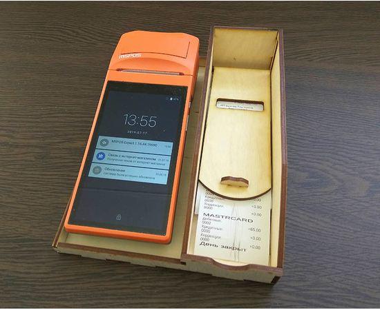 Изделия из дерева (фанеры) Универсальная подставка для ККТ (терминалов) + отдел для чеков tm-19-8374 купить в твоимодели.рф