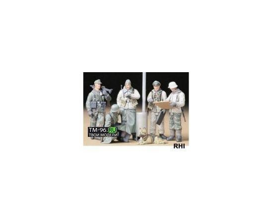 Склеиваемые модели  Tamiya 35212 Немецкие солдаты зимой 5 фигур tm01456 купить в твоимодели.рф