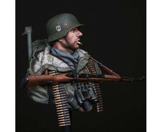 Склеиваемые модели  LM-B008 Немецкий солдат Мертвая голова, Харьков 1943 1/10 tm01481 купить в твоимодели.рф