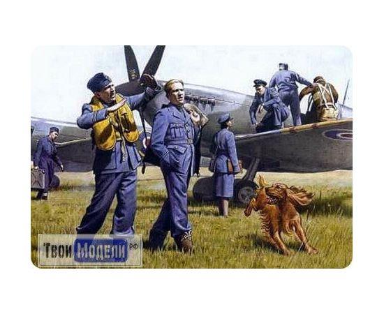 Склеиваемые модели  ICM 48081 Пилоты и техники ВВС Великобритании tm01297 купить в твоимодели.рф