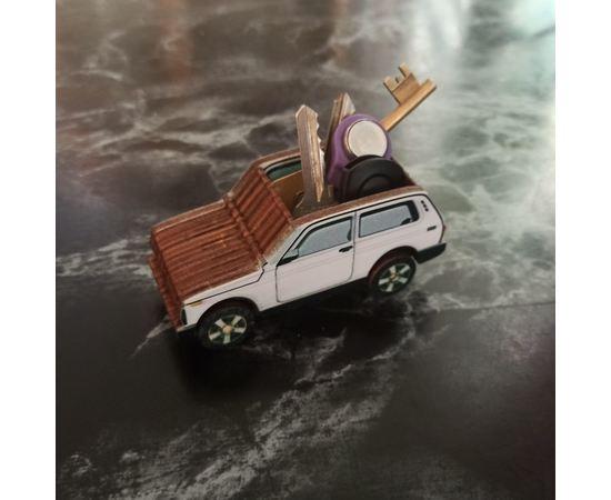 Изделия из дерева (фанеры) Органайзер Нива для ключей и флешек - игрушка, дерево,автомобиль, подарок, сувенир, на праздник водителю tm-19-9494 купить в твоимодели.рф