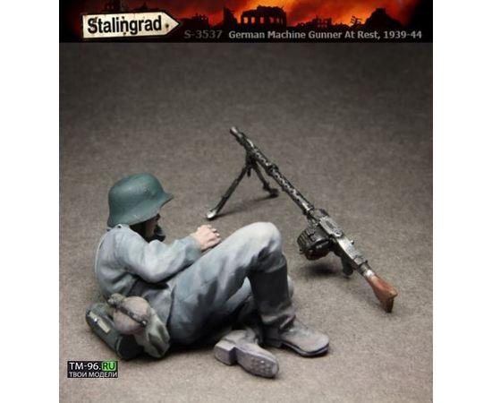 Склеиваемые модели  Stalingrad S-3537 Немецкий пулеметчик на привале tm01557 купить в твоимодели.рф